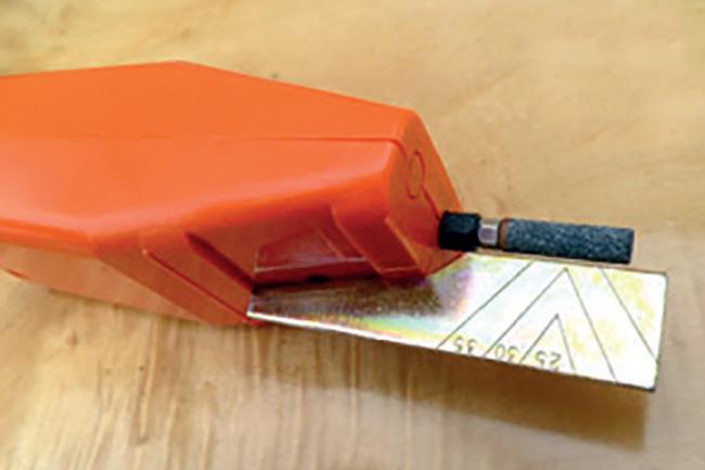 12-volt-grinders-chain-sharpening