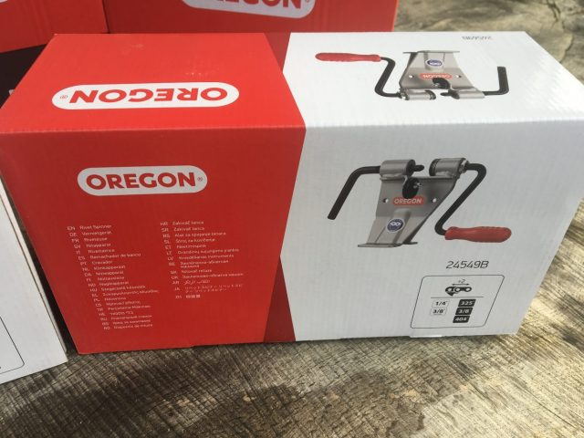 27RA100R/27RX100R 100ft Reel Oregon Full Skip Ripping Chain/100ft Reel Oregon Hyperskip Ripping Chain + Oregon Breaking and Mending Tools