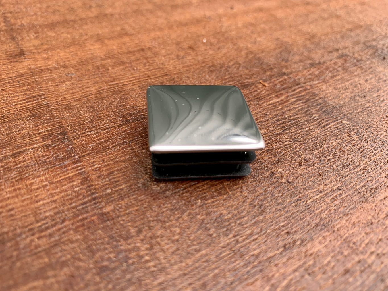 465343 Square Chrome Plastic Insert