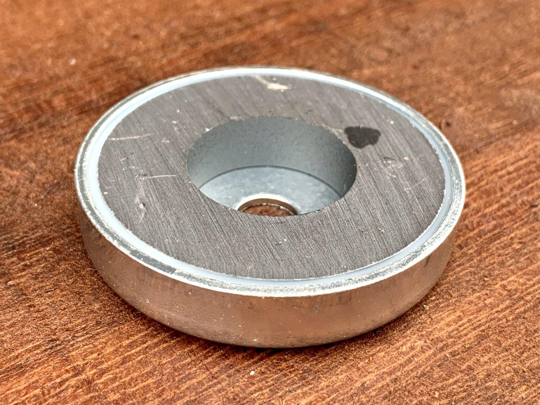 3844 Magnet Flat Retaining